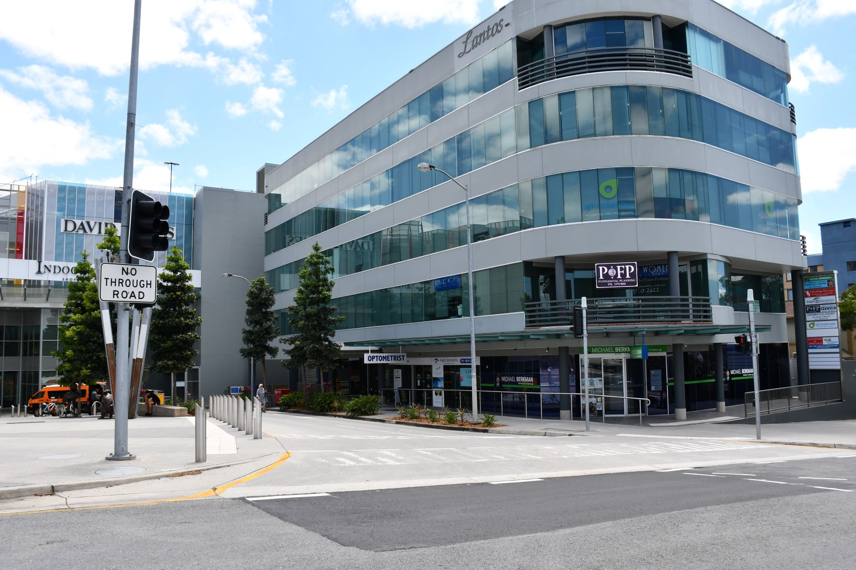 LANTOS PLACE - Indooroopilly